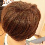 明るめの白髪染めとくせ毛対応カットでお手入れ楽チンなヘアスタイルに★